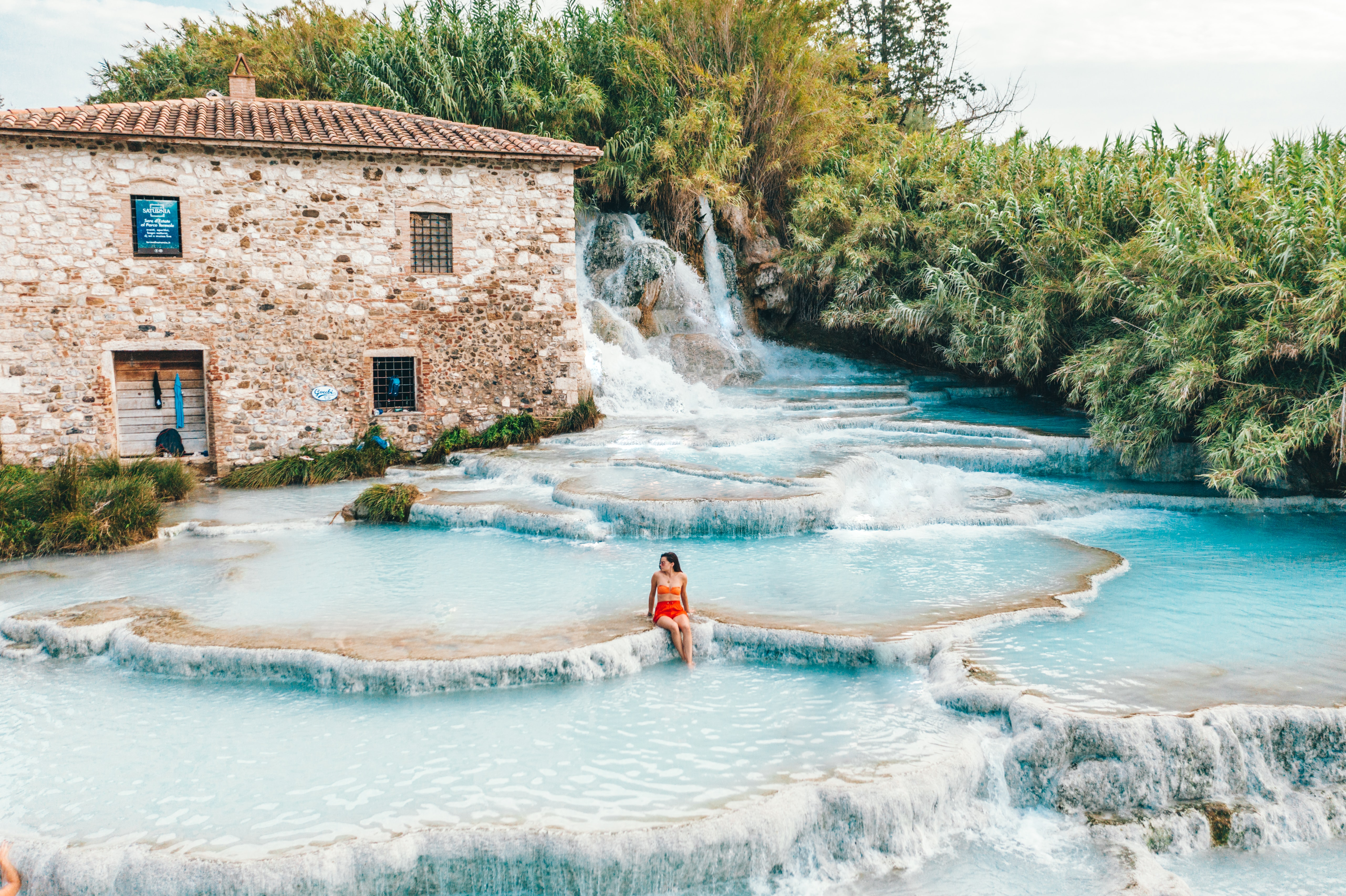 5 Best Natural Hot Springs Around the World