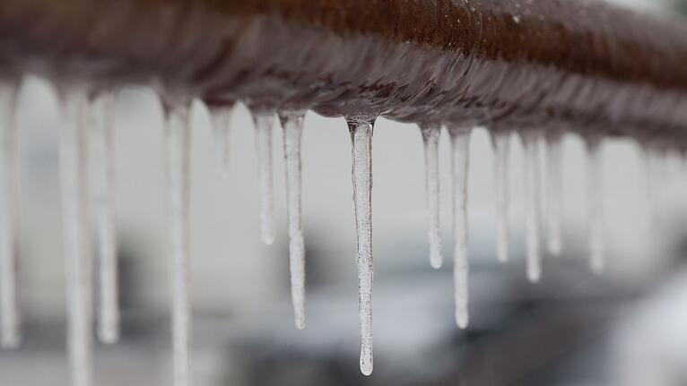 Stop Freezing Pipes