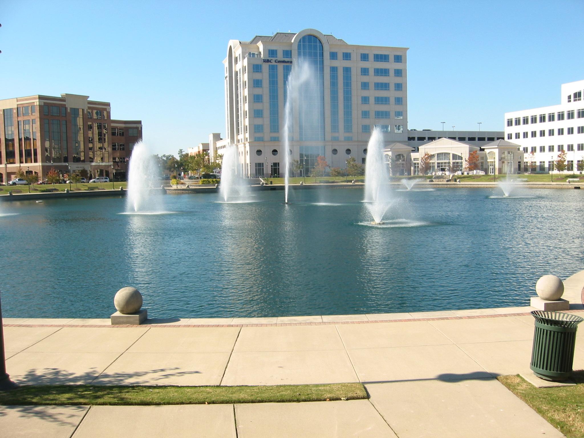 Fountain Installation 1 Ring Road 01