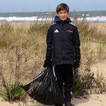 Tucker family beach clean up