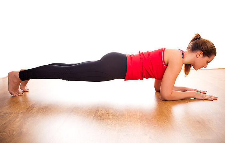 How to Do a Plank With 4 Variations