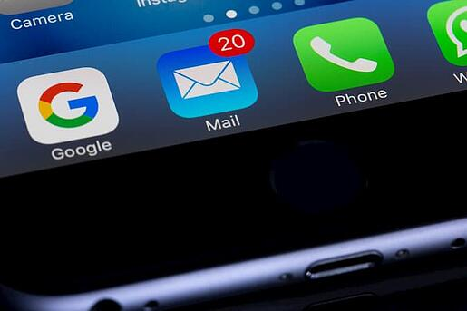 20 Email Notifications on Smartphone