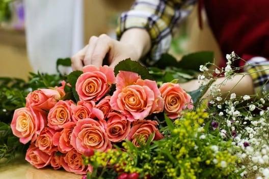 Wedding florals by a florist vendor