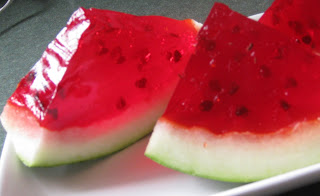 How to make watermelon jello shots for an outdoor summer event