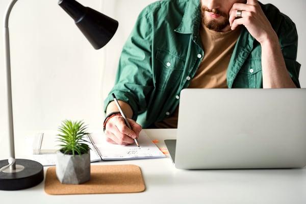 Baisse de revenus quand on est freelance : comment y faire face ?