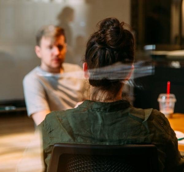 Comment gérer les réflexions et réactions de son entourage quand on se freelance ?