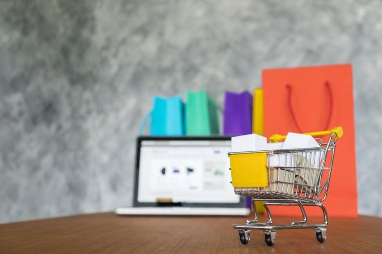 carrinho de compras virtual em exemplos de lojas de dropshipping