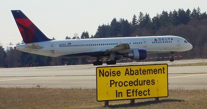 airport noise abatement image
