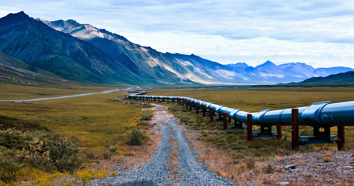United States pipeline with mountains in the back
