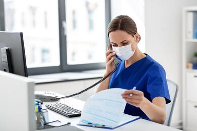 5 Reasons Your Practice Needs a HIPAA-Compliant Phone Service