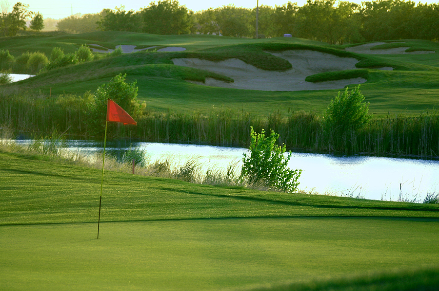 Private vs. Public Golf Courses For Your Charity Event