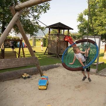 Harmls_Flachau_Spielplatz_hotel mit Kinderspielplatz