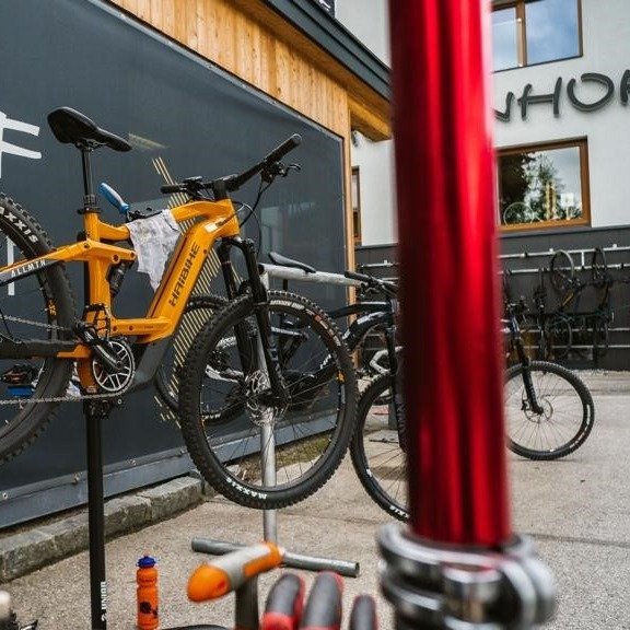 bikeverleih Bikeservice Mountainbike E-Bike Haibike Hotel Tauernhof Bikehotel Flachau