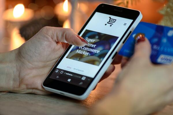 How can manufacturers realistically reduce waste? The role of e-commerce