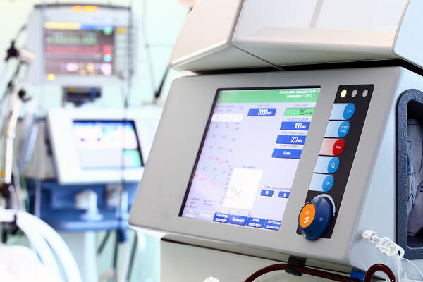 4 characteristics of a resilient medical device supply chain
