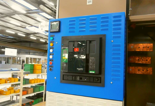 Retrofit of NORMABLOC switchboards for a nuclear operator