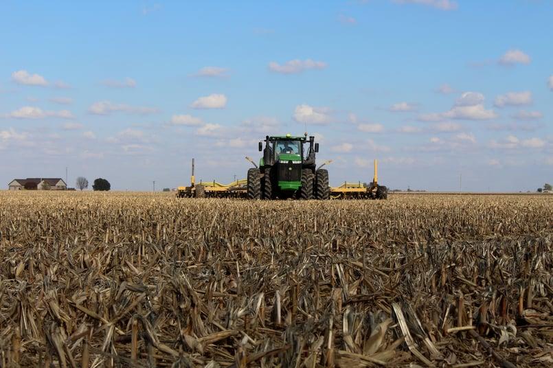 Bazooka Farmstar - Titan 2 Toolbar Running in Raised Corn Stalks