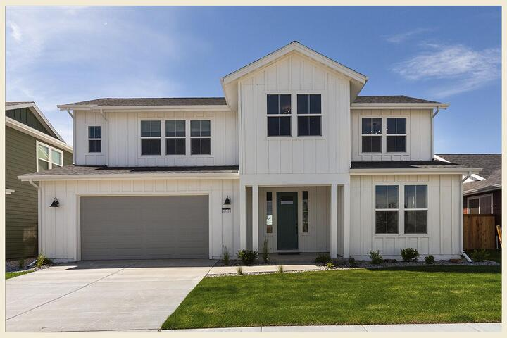 All About the Amenities in Prescott Ranch's Appaloosa Homes