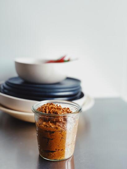 Currypaste mit Cashews