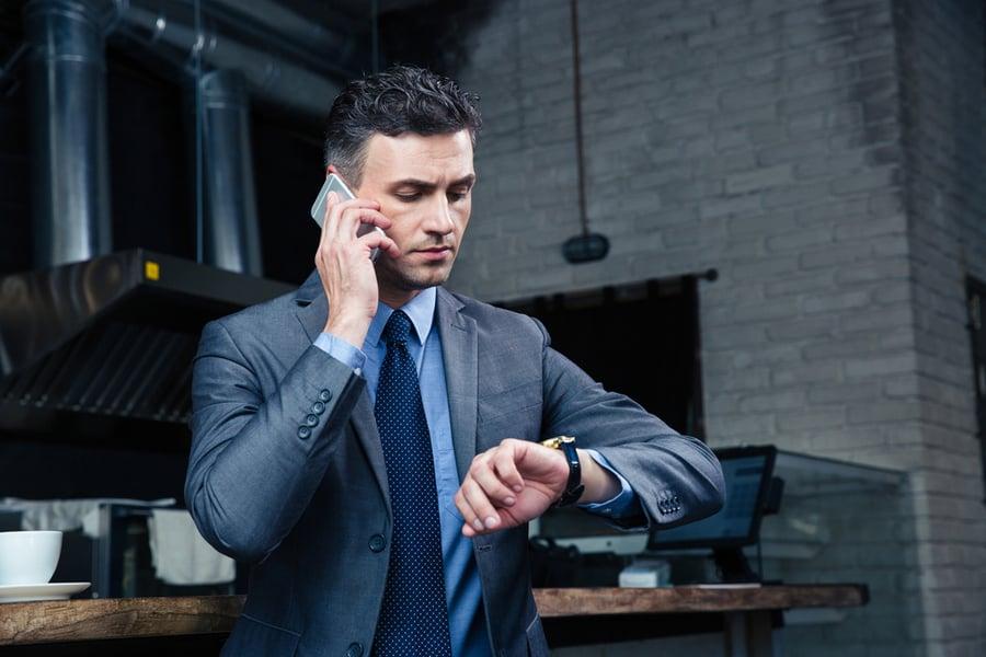 当您进行听力损失时,您采取并拨打电话很重要。