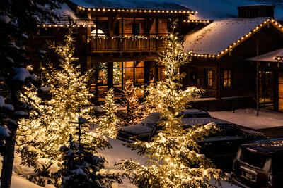 holiday decor christmas lighting service bozeman big sky MT 22