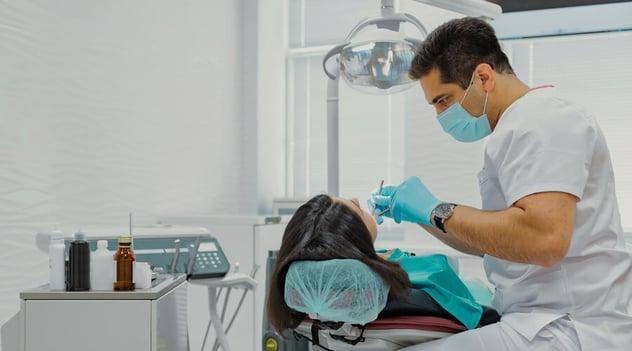 ¡Visita al odontólogo con seguridad!