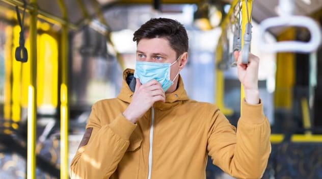 ¡Toma transporte público de forma segura y evita el contagio!