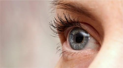 ¡5 Ejercicios para fortalecer los músculos visuales en el trabajo!