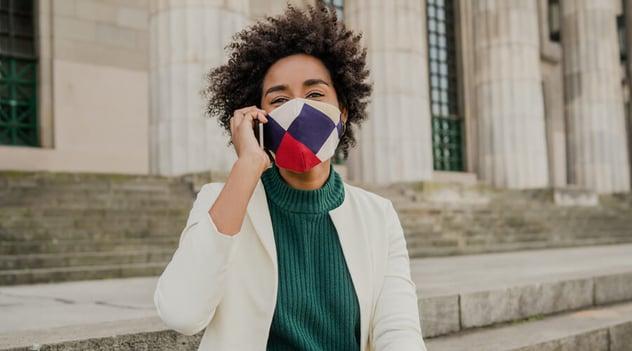 ¿Cómo cuidar la voz con el uso del tapabocas?