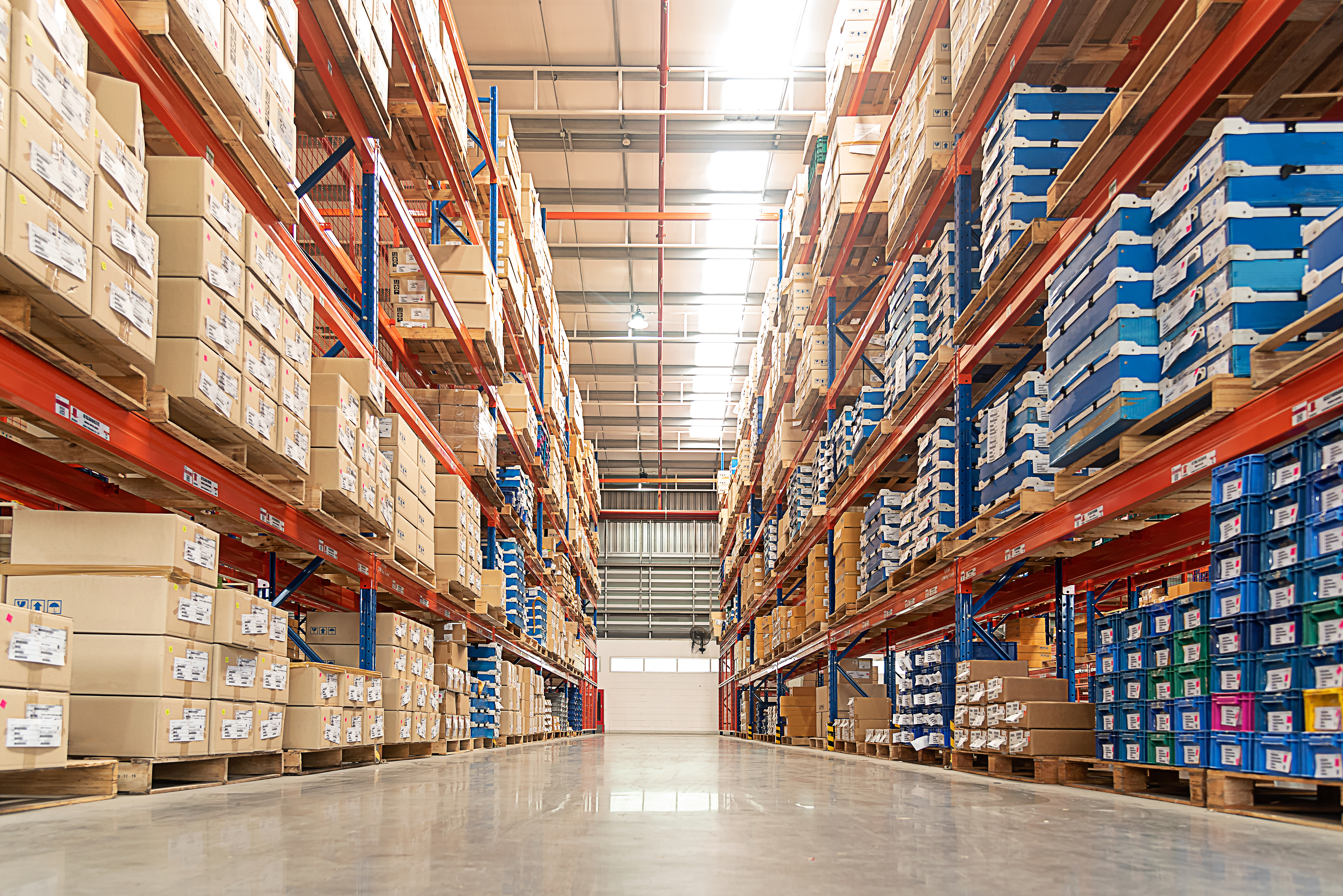 Warehouse Racking System: 6 Tips to Consider When Choosing Storage