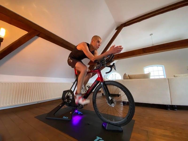 Tilaa supports Maarten van der Weijden: ThuisTriathlon