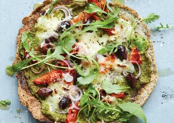 cauliflower-pizza-recipe-meta-box-blog-image