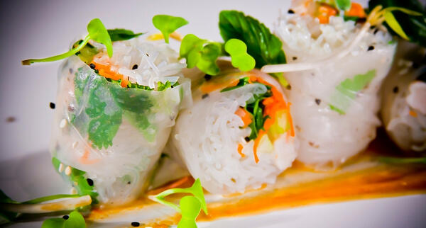 How to Make Delicious Vegetarian Spring Rolls