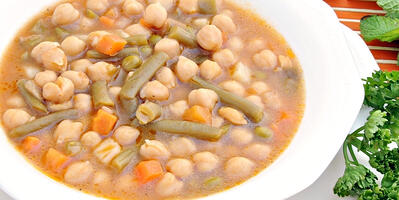 how-to-make-instant-pot-middle-east-chickpea-stew
