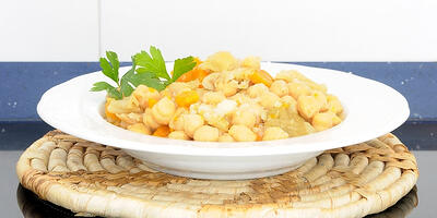 VHow To Make Instant Pot Middle East Chickpea Stew