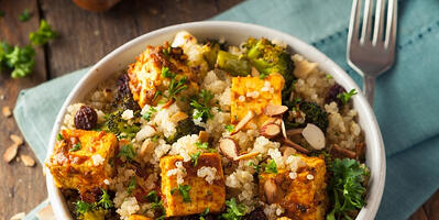 how-to-make-instant-pot-vegan-smoky-tofu-quinoa-biryani