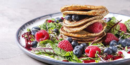 how-to-make-vegan-maca-root-pancakes
