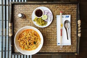 Vegan-Tempeh-Khao-Soi-Soup
