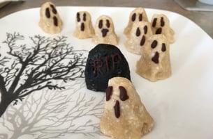 Halloween-Ghosts-No-Bake-GF-Macaroons-Cookies