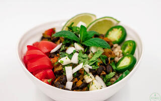 Quick-Black-Bean-Bowl-with-Citrus-Rice