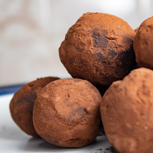How to Make Delicious Chocolate Using Maca Root