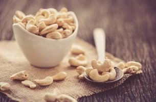 raw-cashews-superfood-health-benefits
