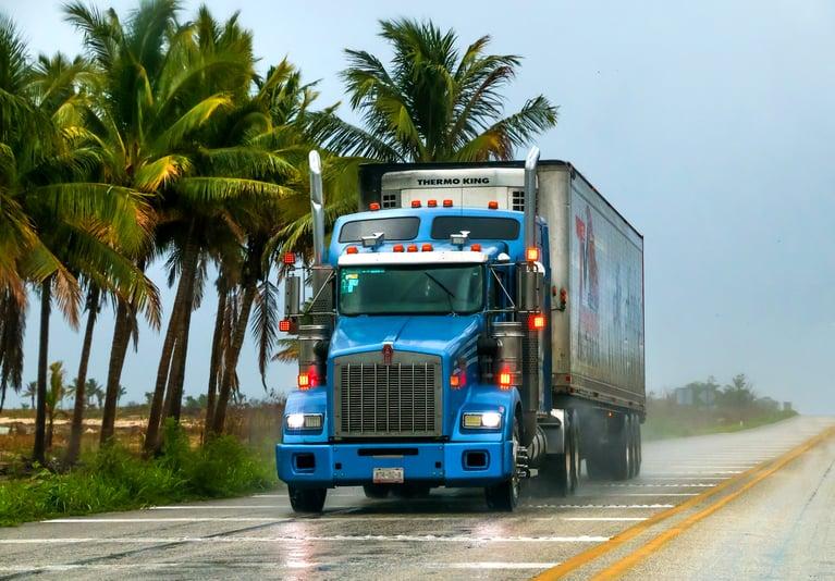 Camiones: mejorando la seguridad vial en América Latina