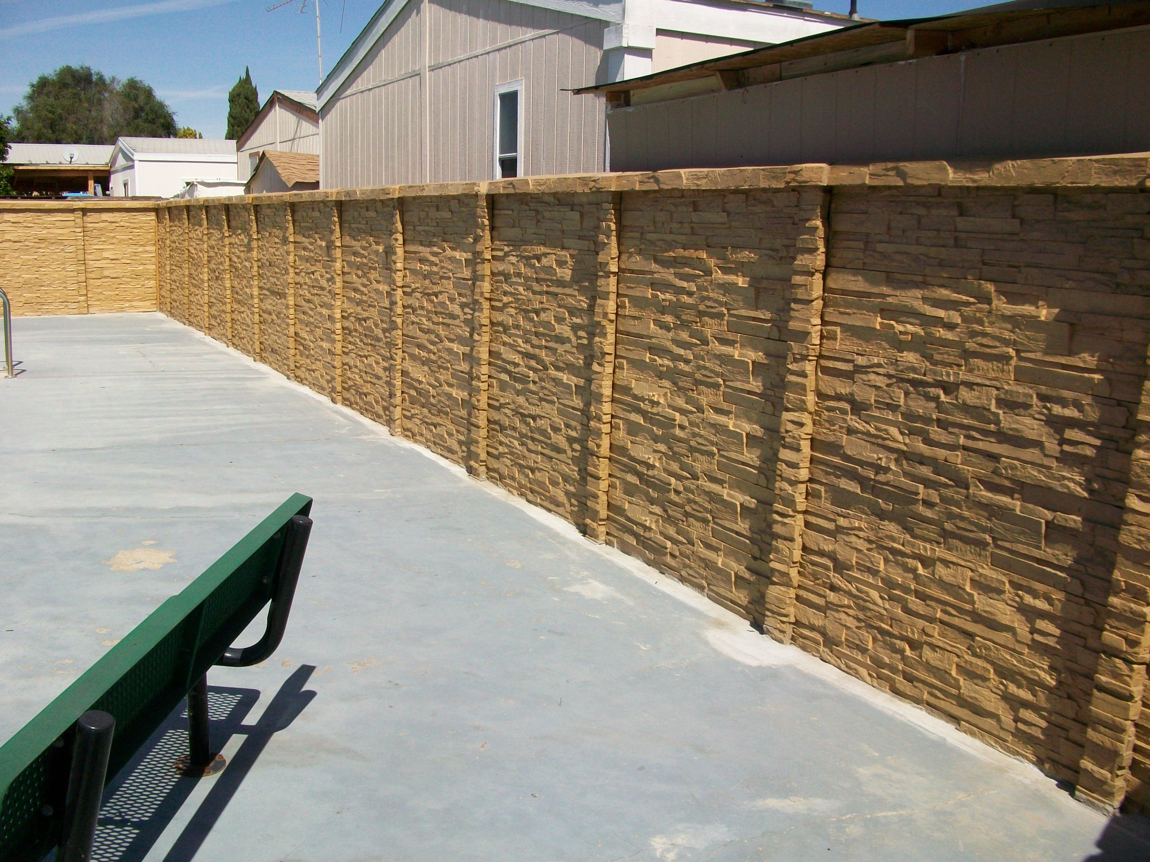 ChiselStone Concrete Fence austin