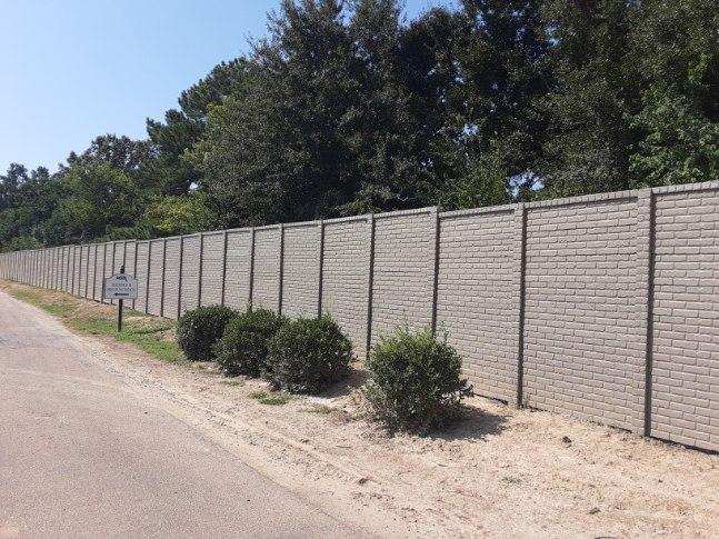 OldBrick Concrete Fence