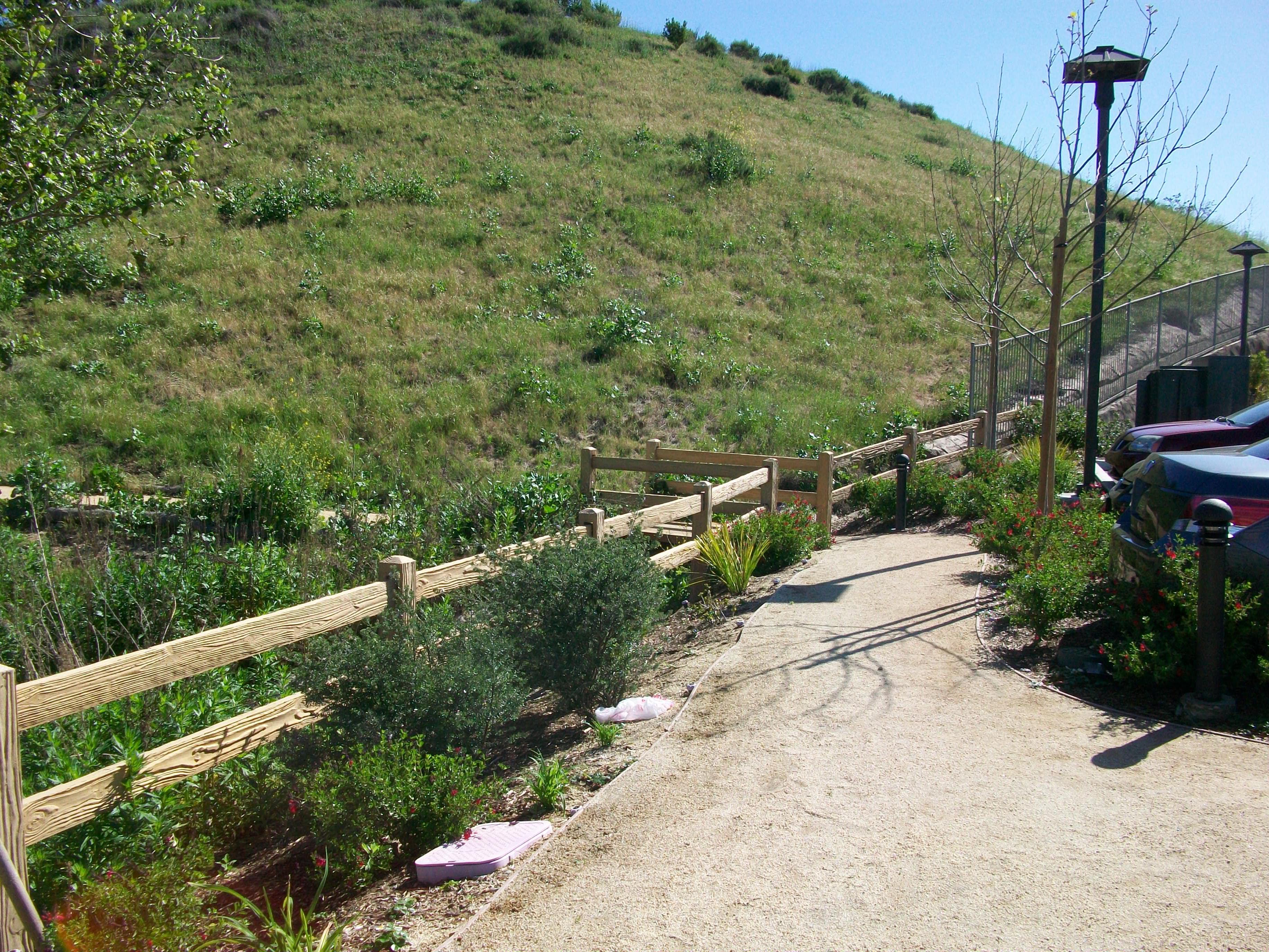 2-rail precast concrete fence