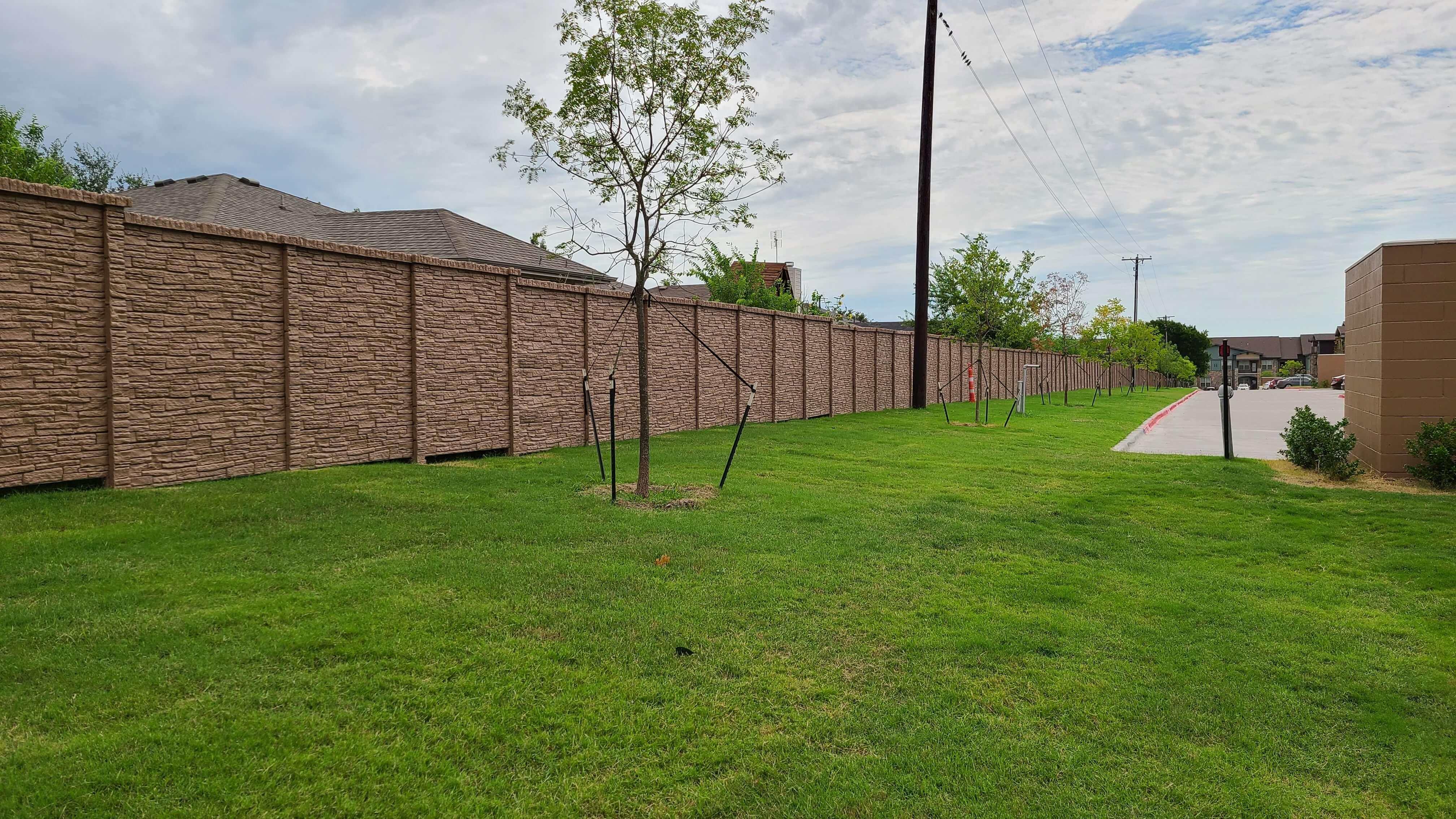 concrete fence dfw