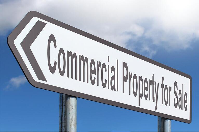 The Advantages and Disadvantages of Sale and Leaseback for Commercial Property