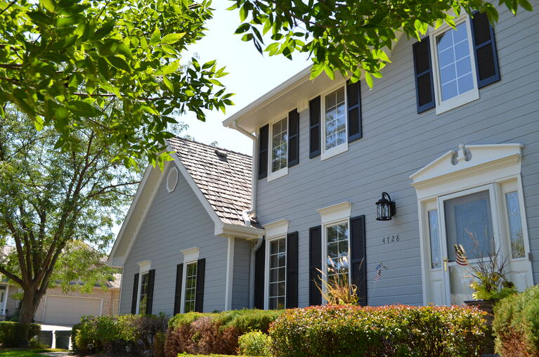 9 Signs It's Time to Repaint Your Home's Exterior
