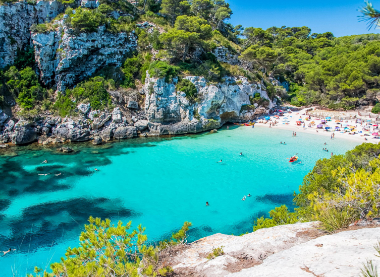 Top 13 best boat-friendly beaches on the Spanish coastline